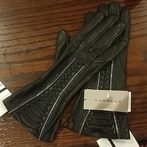 Black Agnelle Studio Lambskin Gloves (with tags)